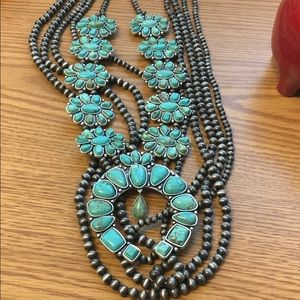 Jewelry - Natural stone squash blossom with pearls!